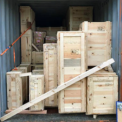 container-with-crates
